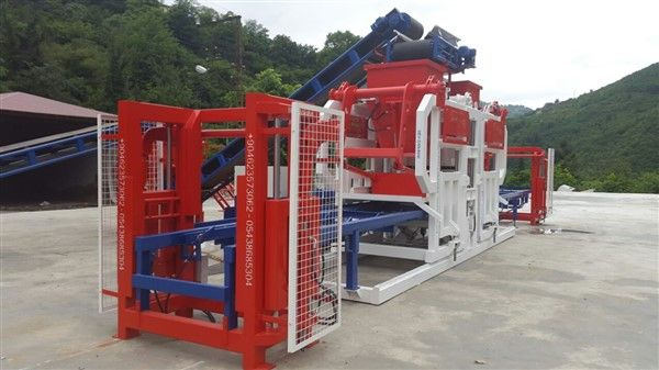 Automatic-Type-Concrete-Paving-Block-Machine.jpg