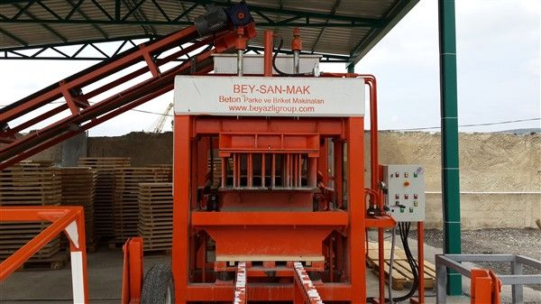 Concrete-Block-Machine-For-Concrete-Blocks.jpg