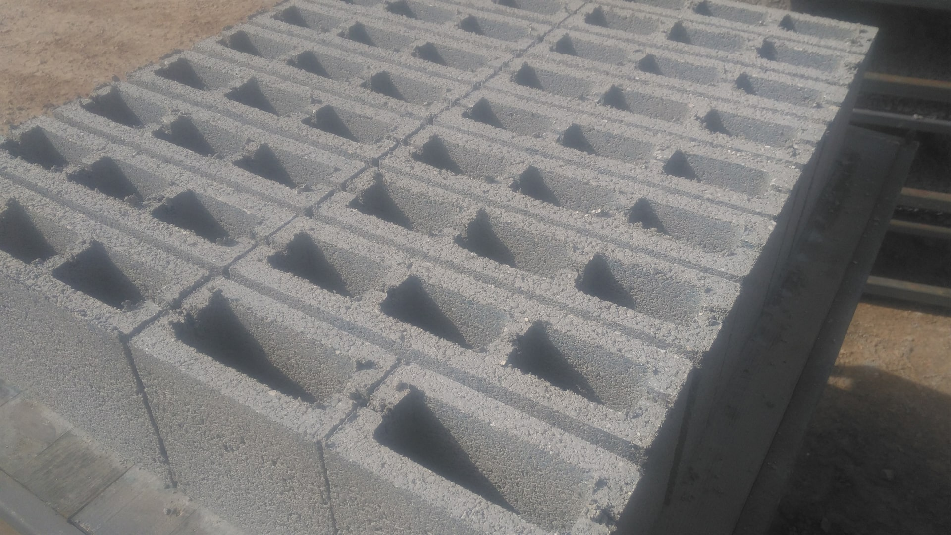 Concrete-Ready-Hollow-Blocks.jpg