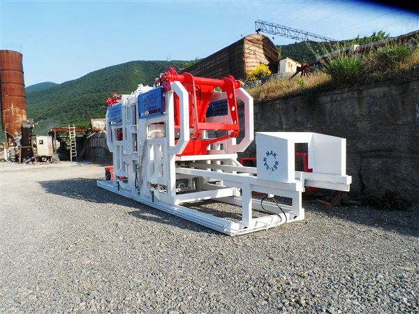 Paving-Block-Machine-For-Paving-Blocks.jpg