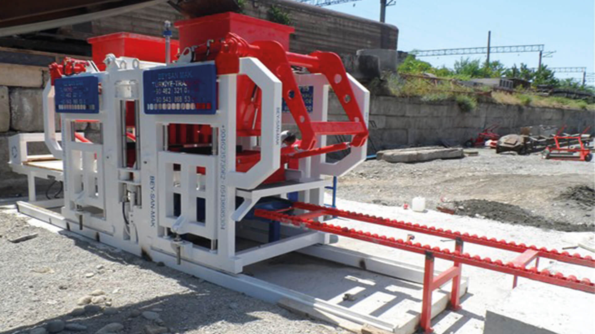 Paving-Block-Making-Machine-With-Reasonable-Price.jpg