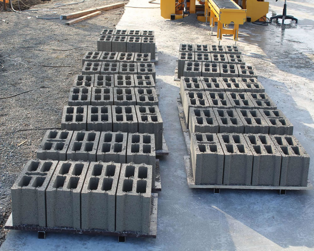 concrete_block_machine_7.jpg