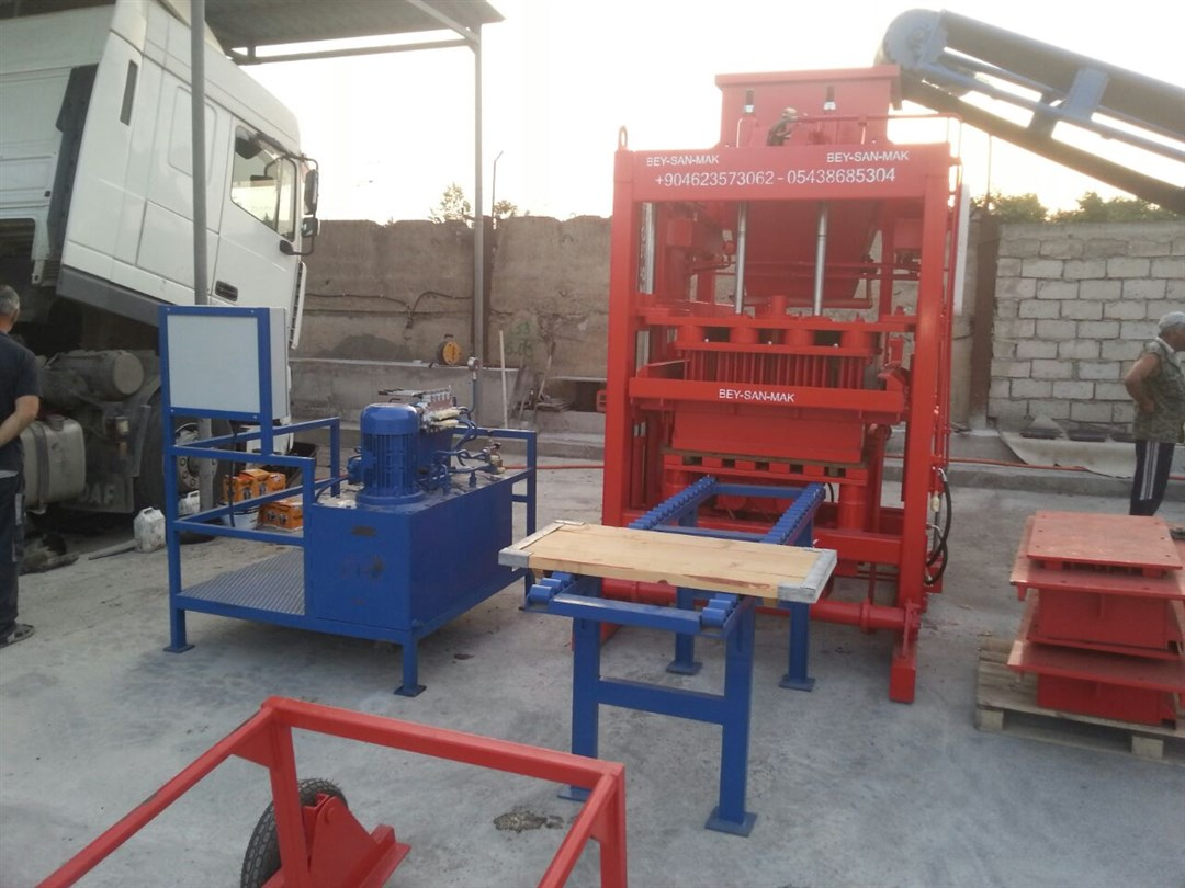 concrete_block_machine_for_sale.jpg